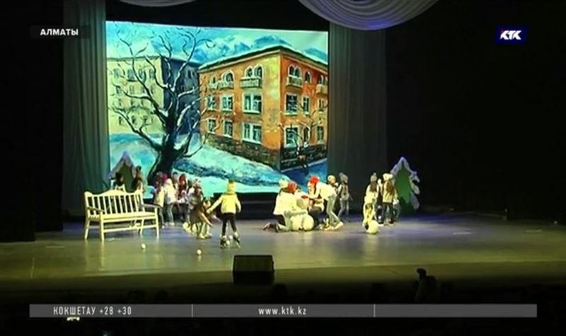 Победившие онкологию дети поставили спектакль