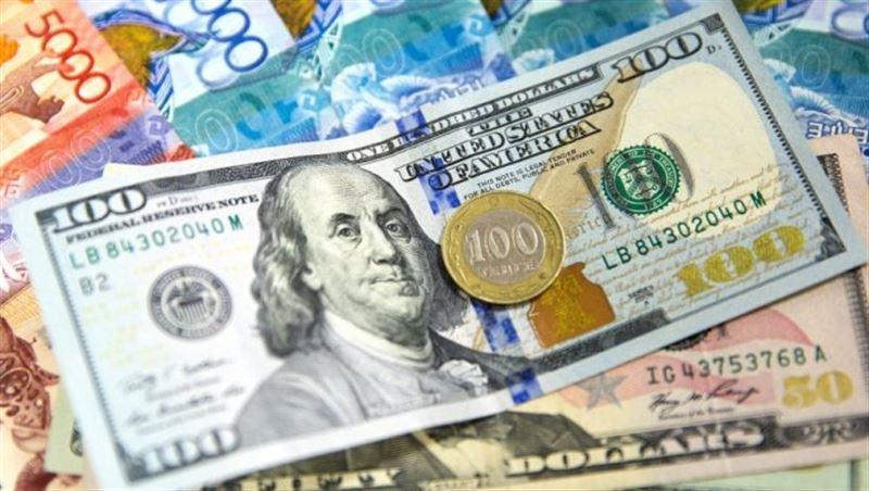 Средневзвешенный курс доллара составил 379,06 тенге