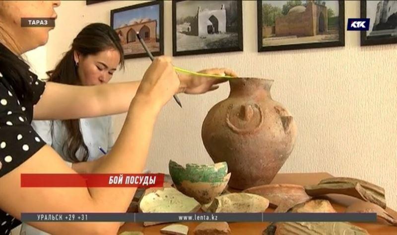 Древний дастархан нашли в Таразе при прокладке газовой трубы