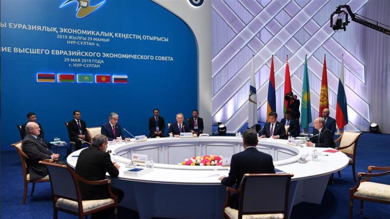 Елбасы стал почетным председателем Высшего Евразийского экономического совета