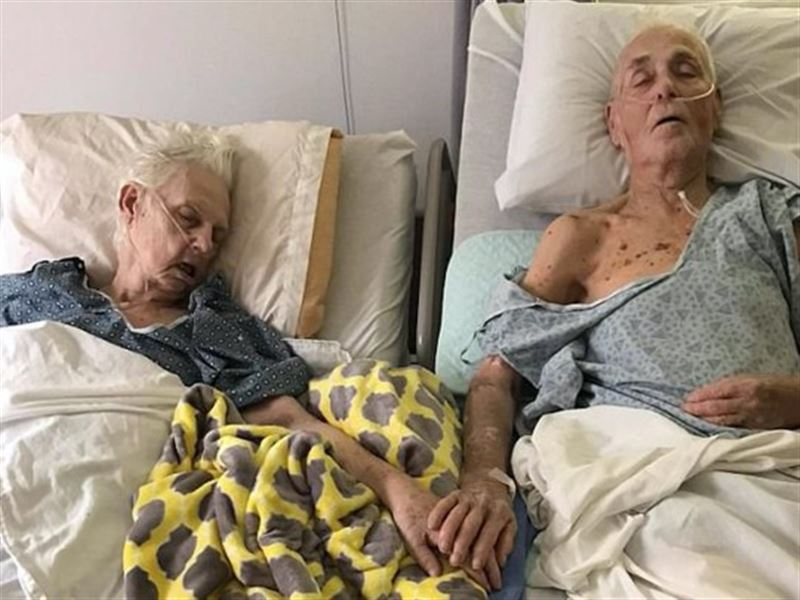 Супруги, прожившие вместе 62 года, скончались, держась за руки