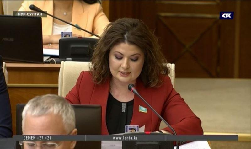 Депутат требует срочного ограничения на импорт пальмового масла