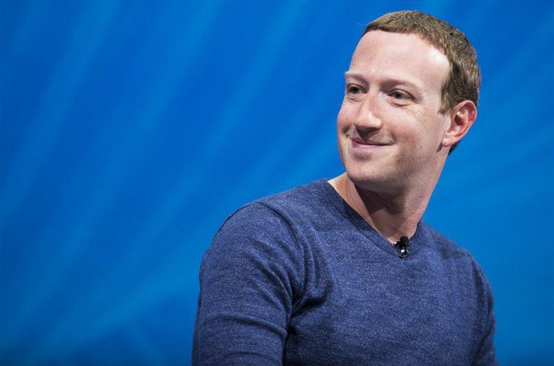 Марк Цукерберг едва не лишился поста председателя совета директоров Facebook