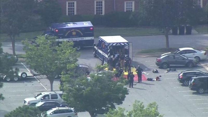 12 человек стали жертвами стрелка в США