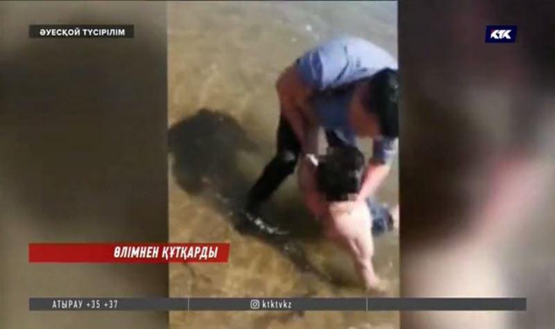 Полицейдің суға кеткен адамды құтқаруы күдікке ілінді