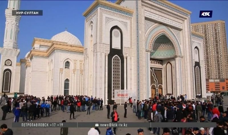 От духовных таинств до массовых гуляний – Казахстан встречает Ораза-айт