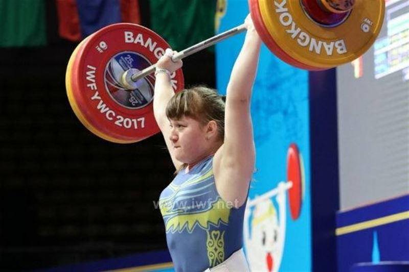 Карина Құзғанбаева ауыр атлетикадан әлем чемпионатында алтын алды