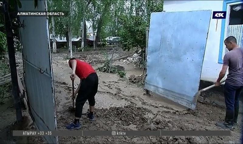 Компенсацию пострадавшим от селя выплатит местный акимат