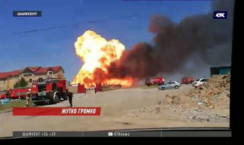 Из-за пожара на АЗС произошёл взрыв газа