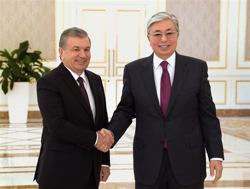 Тоқаевты бірінші болып Өзбекстан президенті құттықтады