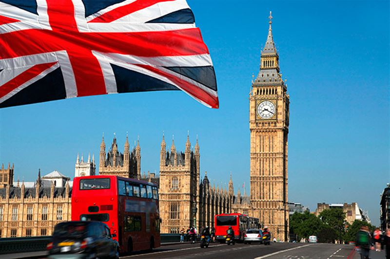 На пост премьера Великобритании претендуют 10 человек