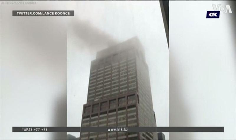 На крышу небоскрёба в центре Манхэттена упал вертолёт