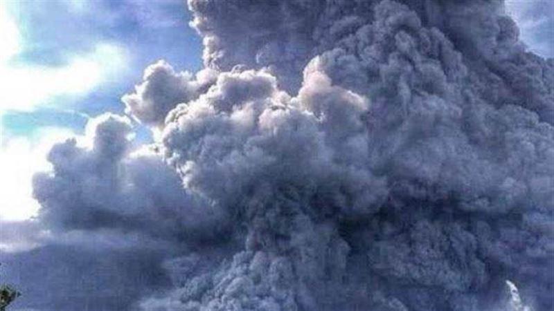 В Индонезии проснулся древний вулкан