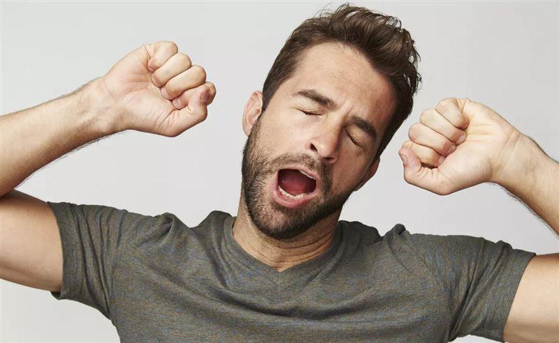 Врачи выяснили, почему люди зевают