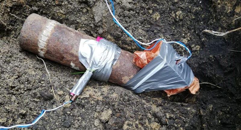 Житель СКО обнаружил боевой снаряд во дворе