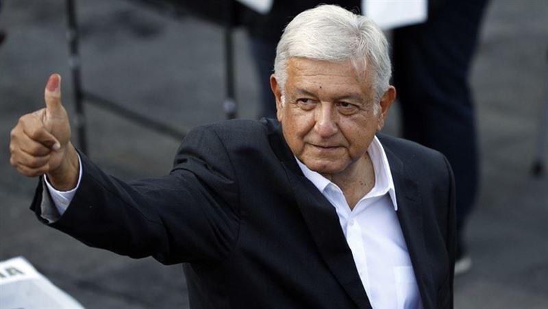 Президент Мексики продаст дом на курорте для помощи бедным