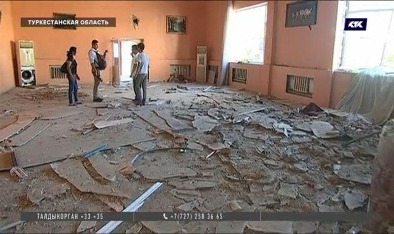 Жители Арыси рассказали репортёрам КТК, зачем рвутся во взрывоопасный город