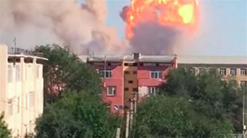 Число погибших из-за взрывов в военной части в Арыси возросло до трех