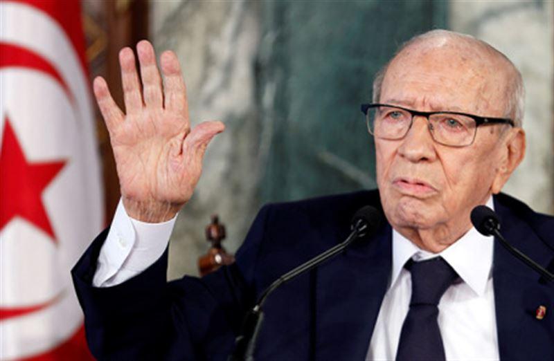 Не стало 92-летнего президента Туниса