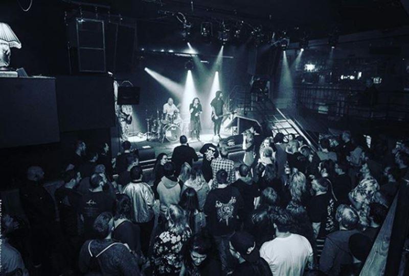 У барабанщика Korn Again случился инсульт на сцене