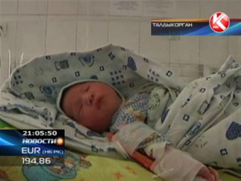В Талдыкоргане в общественном туалете нашли младенца