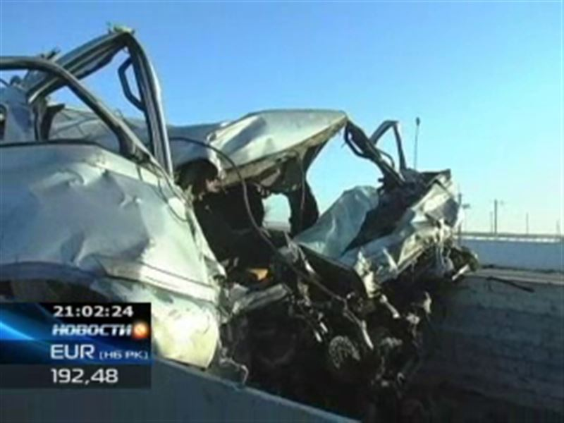 В ДТП на трассе Алматы - Екатеринбург погибли 16 человек