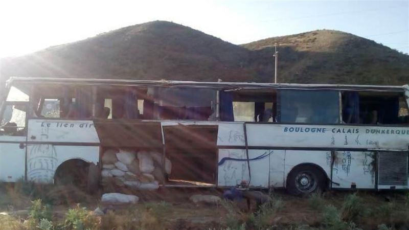 Автобус с пассажирами опрокинулся на трассе Алматы – Усть-Каменогорск