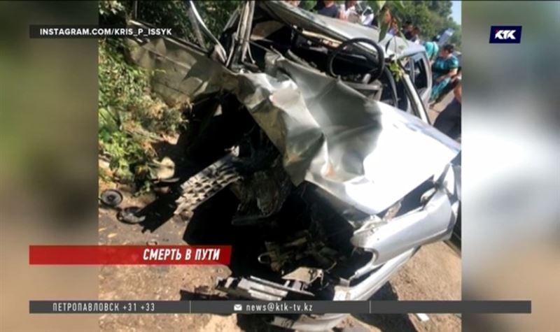 В жуткой аварии погибли три человека