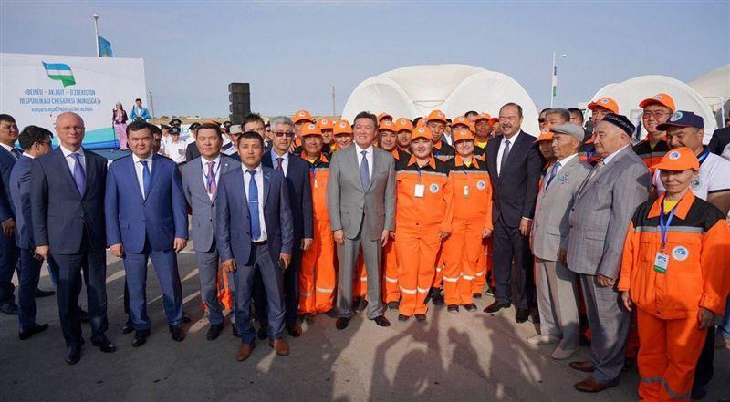 Мамин и Арипов открыли новую дорогу между Казахстаном и Узбекистаном