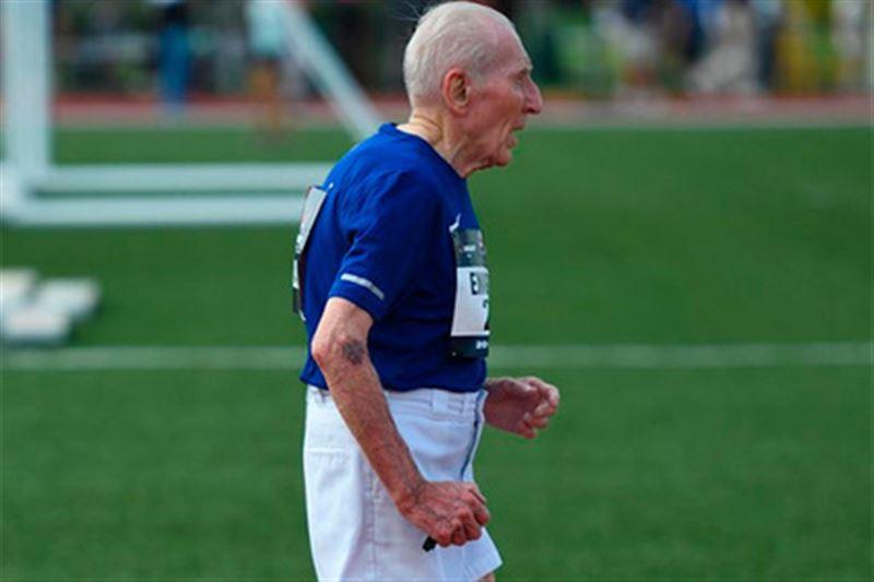 96-летний американец установит мировой рекорд по бегу