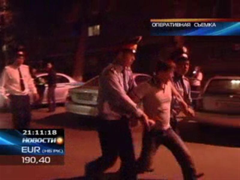В Алматы полиция лишила «золотую молодежь» места сбора
