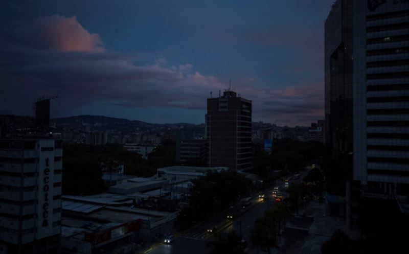 В Венесуэле произошло масштабное отключение электричества