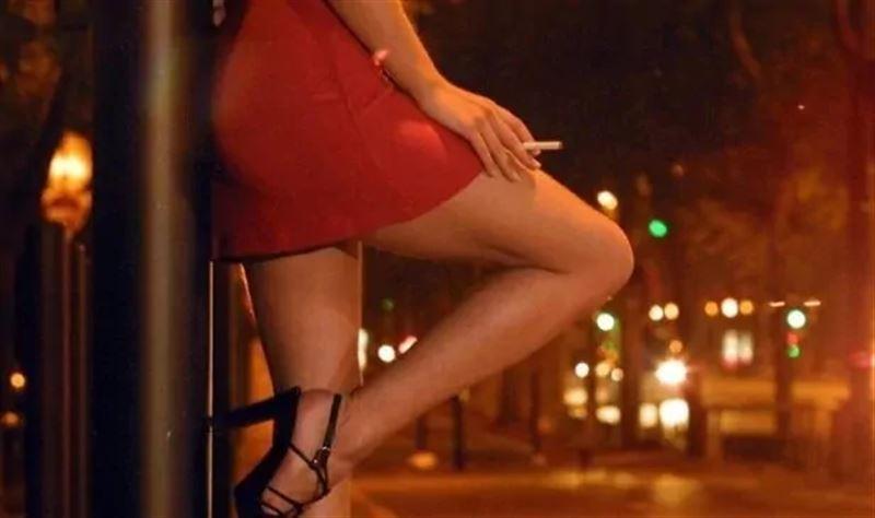 Столичные полицейские выявили 5 съемных квартир с проститутками