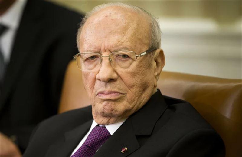 Не стало президента Туниса