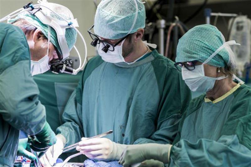 Врачи вытащили из желудка пациентки 1,5 килограмма украшений