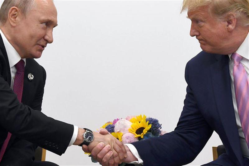 Трамп предложил Путину помощь в тушении лесных пожаров в Сибири