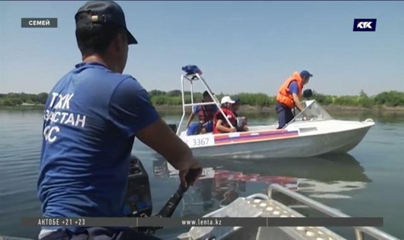 В Семее спасатели патрулируют берега