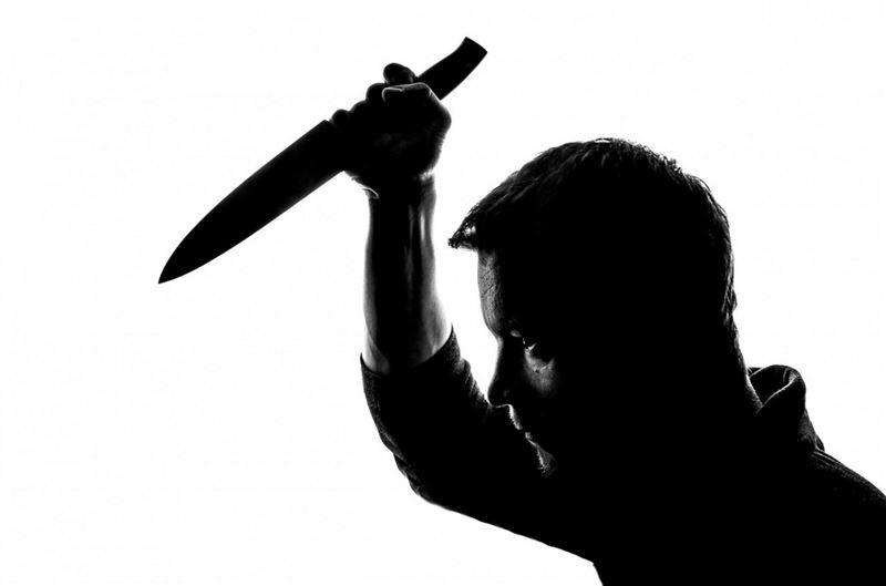 Алматы облысында ер адам ата-анасын пышақтады