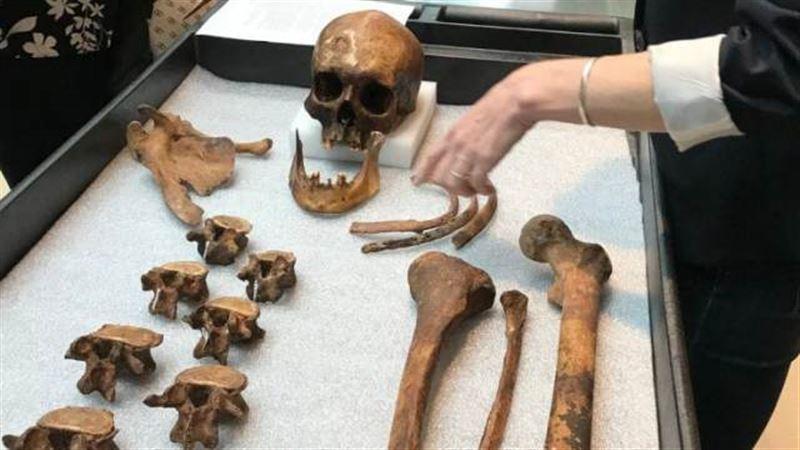 Генетики установили личность умершего 200 лет назад «вампира» из Коннектикута