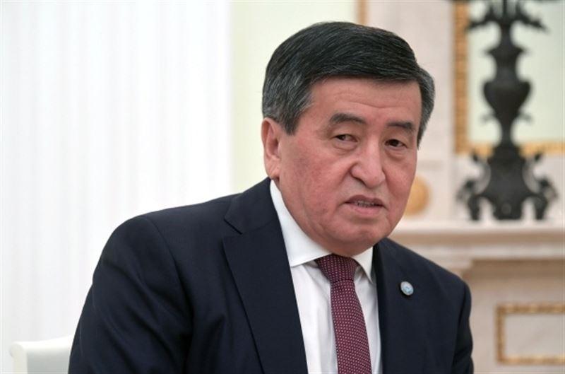 Президент Кыргызстана обвинил Атамбаева в грубом нарушении Конституции