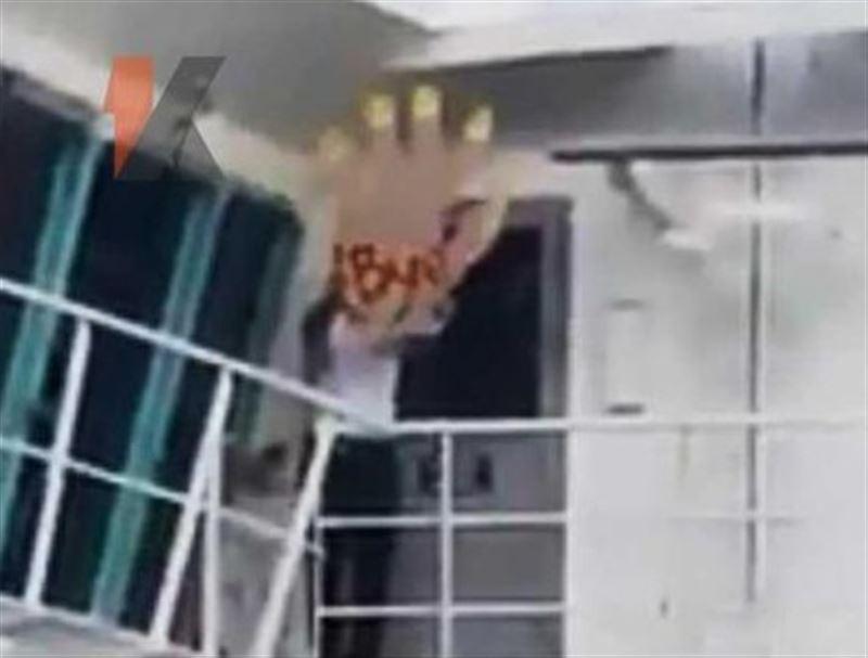 Экипаж и пассажиры круизного лайнера высмеяли опоздавших туристов