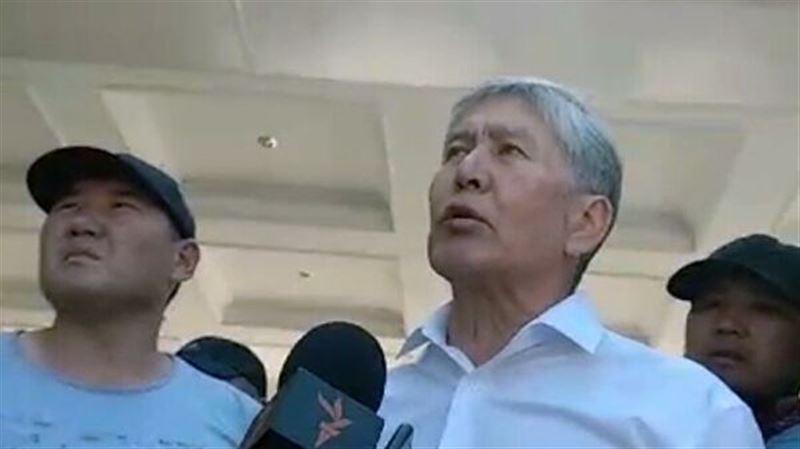Адвокаты Атамбаева задумали освободить егочерез Гаагский суд