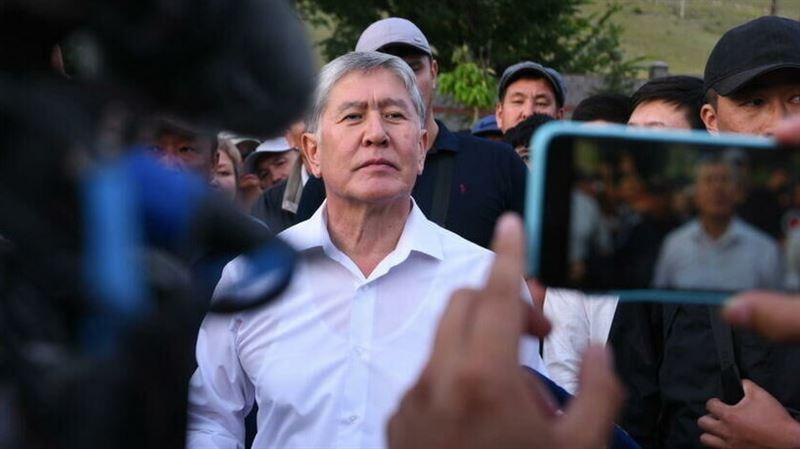 Атамбаеву предъявлено обвинение в убийстве