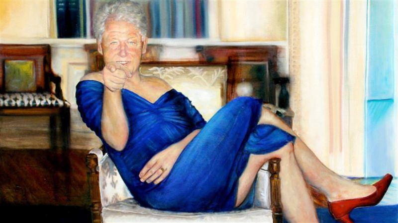 В особняке педофила Эпштейна найден портрет Клинтона в платье и туфлях на каблуке