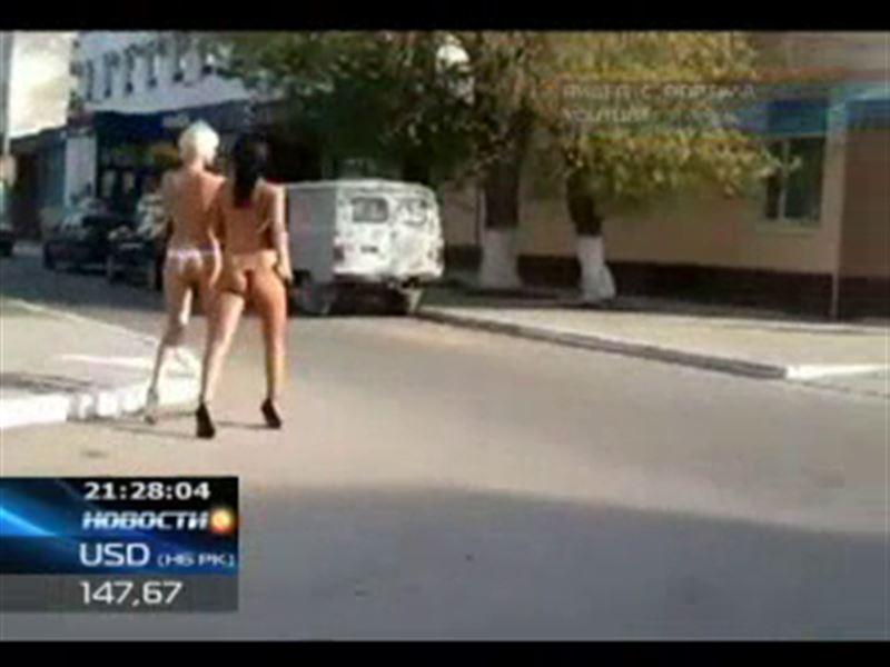 Двое суток ареста за прогулку топлесс