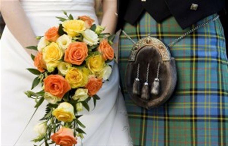 Мужчина потерял память после падения на свадьбе
