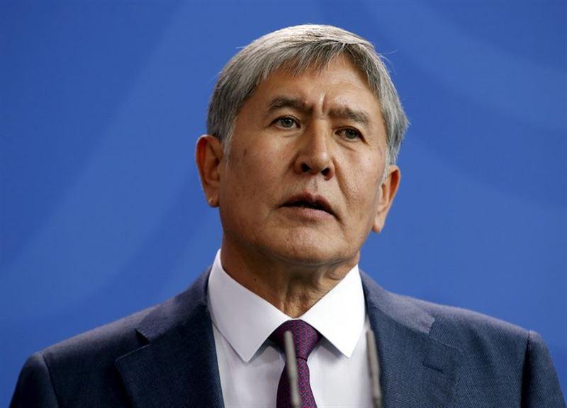 Экс-президент Кыргызстана останется под стражей до конца октября