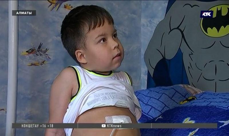 10-летний мальчик нуждается в финансовой помощи для проведения операции