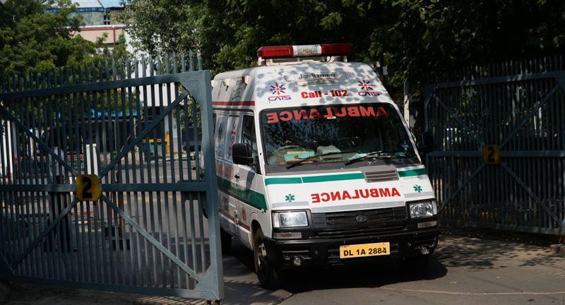 Четверо погибли в результате обрушения стены храма в Индии