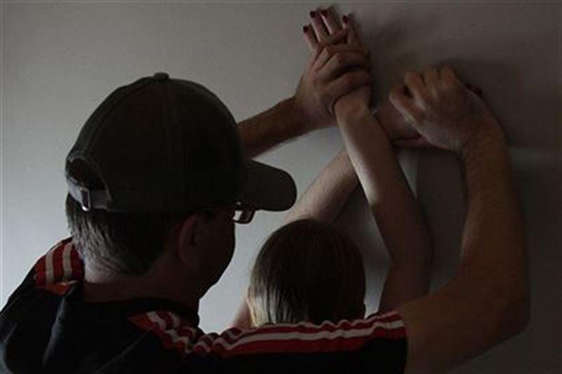 Түркістан облысында әкесі 3 жасар қызын зорлап, өлтіріп тастаған